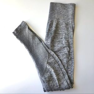 PINK VS Ultimate tight leggings compression XS